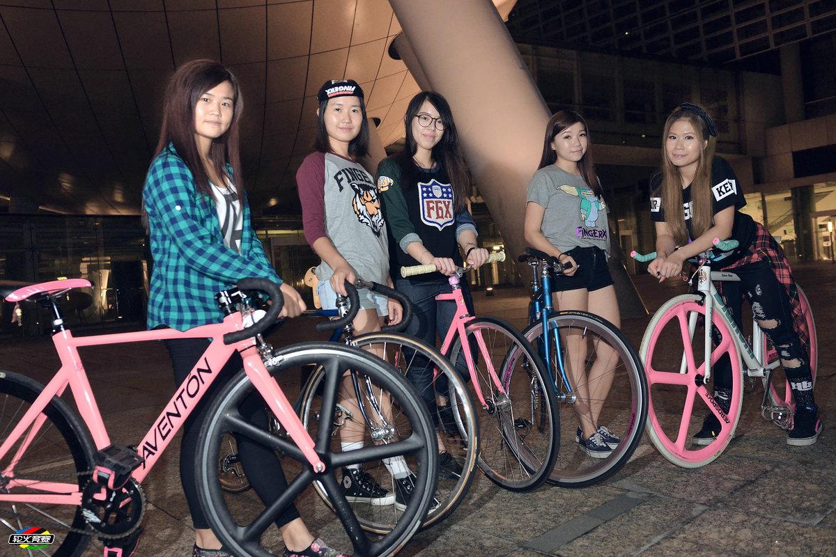 女神爱单车:香港美女车手的死飞情缘